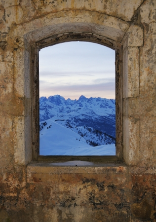 Window - fort Gondran , Montgenevre photo