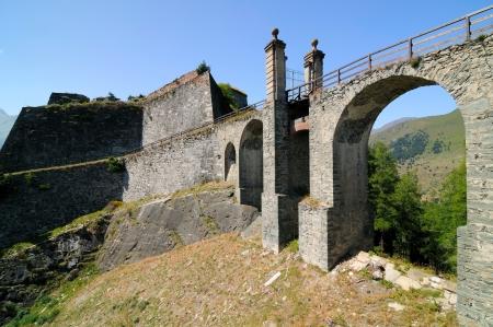 barracks: Drawbridge - Fenestrelle fortress - 1728 to 1850 - Italy