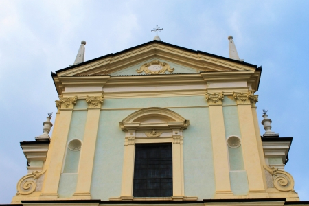 church facade photo