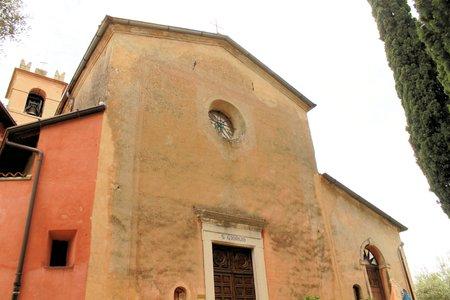church in Italy photo