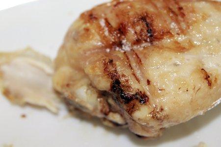 thighs: Muslos de pollo a la parrilla Foto de archivo