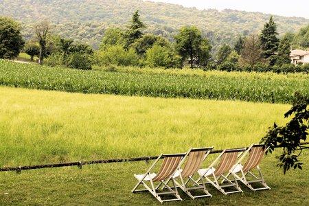 deckchair: deckchair with rural views in Italy