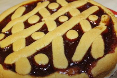 fruit tart: Fruit tart with strawberry jam Stock Photo