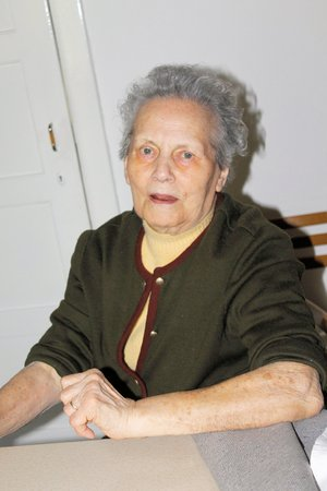 80 90: Portrait of a ninety years old grandmother