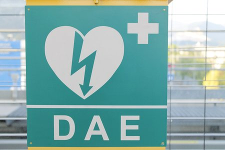 AED (Automated External Defibrillator) heart and thunderbolt