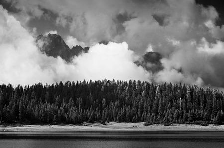 pal: Pal lake whith cloud