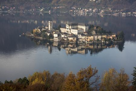 orta: Orta lake and San Giulio island in a morning of novenber Stock Photo