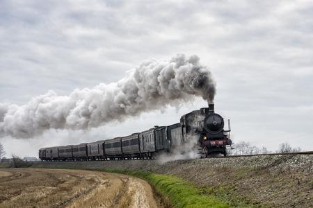 vintage zwarte stoomtrein