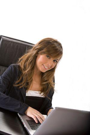 trustable: empresaria sonriendo