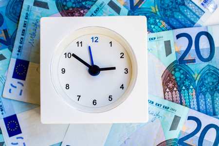 reveille: the representation of idioms: time is money