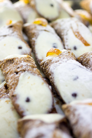 cannoli pastry: Cannoli, typical desserts of Sicilian cuisine , made with fried pastry dough, ricotta filling