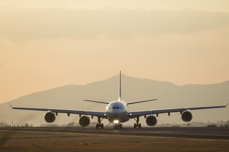 avion: Avion on airport runway
