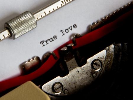 texto escrito con una vieja m�quina de escribir Foto de archivo