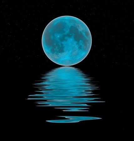 night moon: azul luna reflejada en el agua Foto de archivo