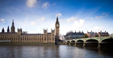 view of Big Ben and Westminster bridge Imagens