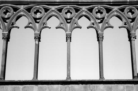 viterbo: Viterbo Gothic Palace, archs row