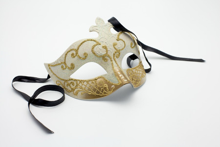 masquerade costumes: Vintage white and gold carnival Mask