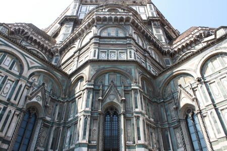 Florence Duomo Santa Maria Del Fiore Architectural Details Low Angle View. Фото со стока - 129287932