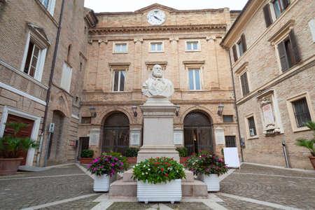 Giuseppe Garibaldi half body monument statue and square in Loreto