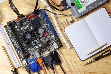 MIni ITX Motherboard benchmarking / hardware support / assembly tutorial Editorial