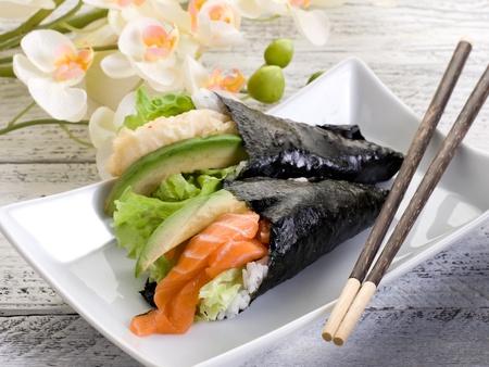 sake: tempura y sake palillos temaki