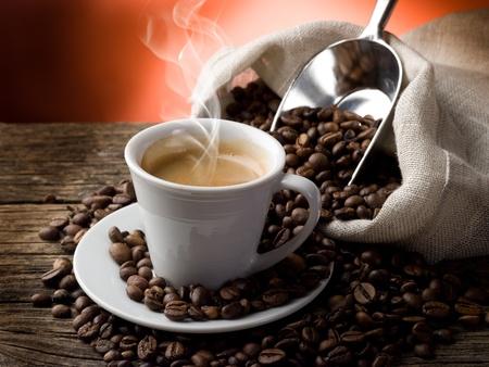 filiżanka kawy: gorÄ…ca kawa