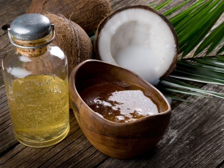 oil palm: natural coconut walnut oil Stock Photo