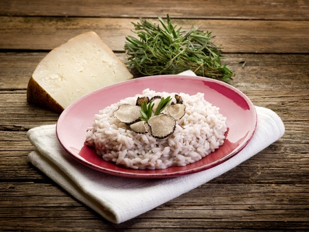 risotto: risotto with truffle over red dish