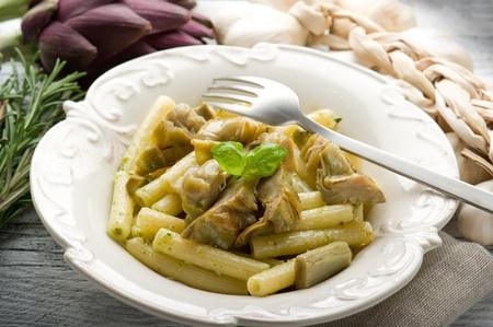 maccheroni: pasta with artichoke