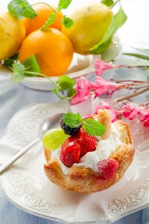 fruits dessert with ice cream and cream sauce Stock Photo - 10250907
