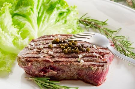 tenderloin with green salad photo