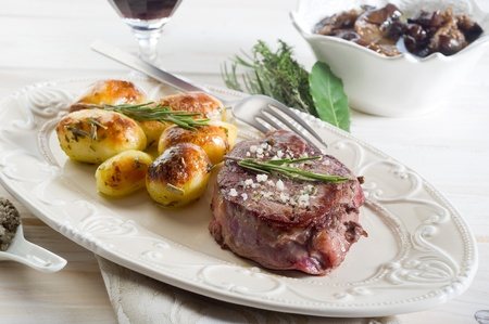 tenderloin:  grilled tenderloin with potatoes