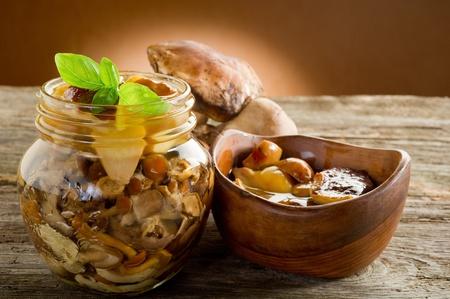 preserved edible mushroom