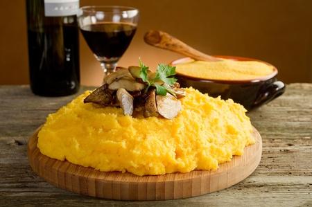 maize flour: polenta with mushroom