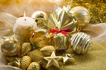 christmas candle: gold xmas decorationes