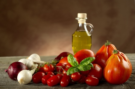 ingrediënten voor italiaanse tomaten pastasaus