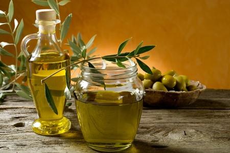 olive oil on wood background