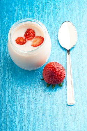 stawberry yoghurt photo