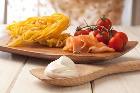 clave sol: ingredientes para la pasta de salmón