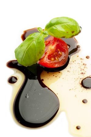 olive oil balsmaic vinegar tomato and basil
