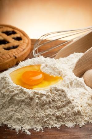 homemade cake: ingredients for homemade cake Stock Photo