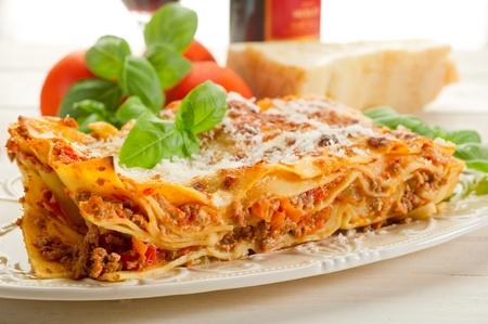 lasagna: Lasa�a italiana con rag�  Foto de archivo