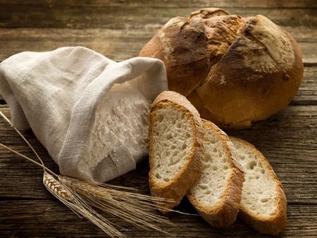 bread ear and flour photo