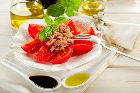 salad with tuna and tomatoes photo