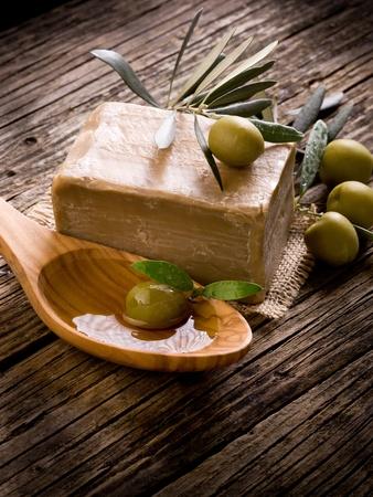 soap: Jab�n de aceite de oliva a mano Foto de archivo