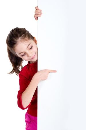 ragazza che indica: fingher ragazza che punta sullo svolgimento scheda vuota