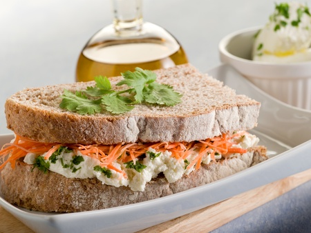 integral: healthy sandwich with carrot cheese and parsley