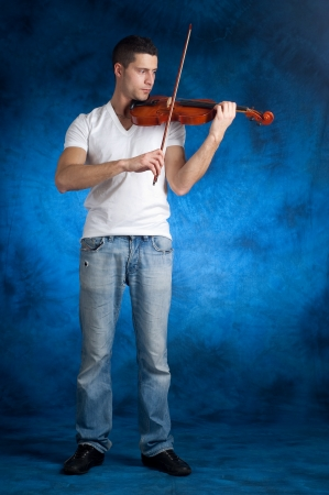 man with violin photo