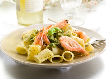 pasta fork: pasta with shrimp and pesto sauce