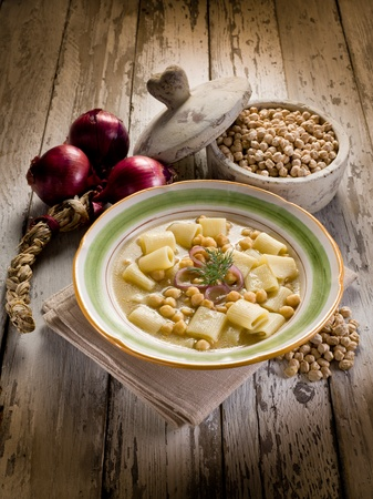 chickpea: soup with  chickpeas and pasta
